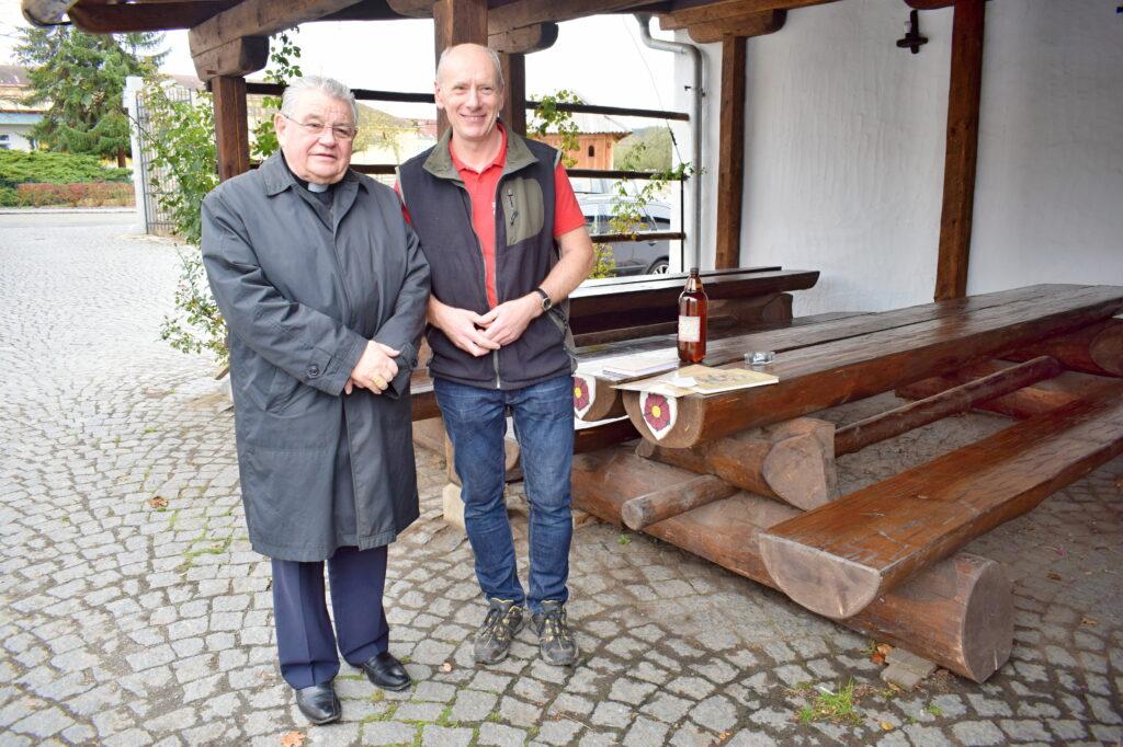 Návštěva arcibiskupa kardinála Duky (8)